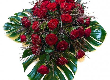 Rouwarrangement 'Compassion Roses'