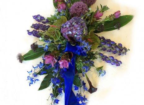 Rouwarrangement 'Blue Mystic'