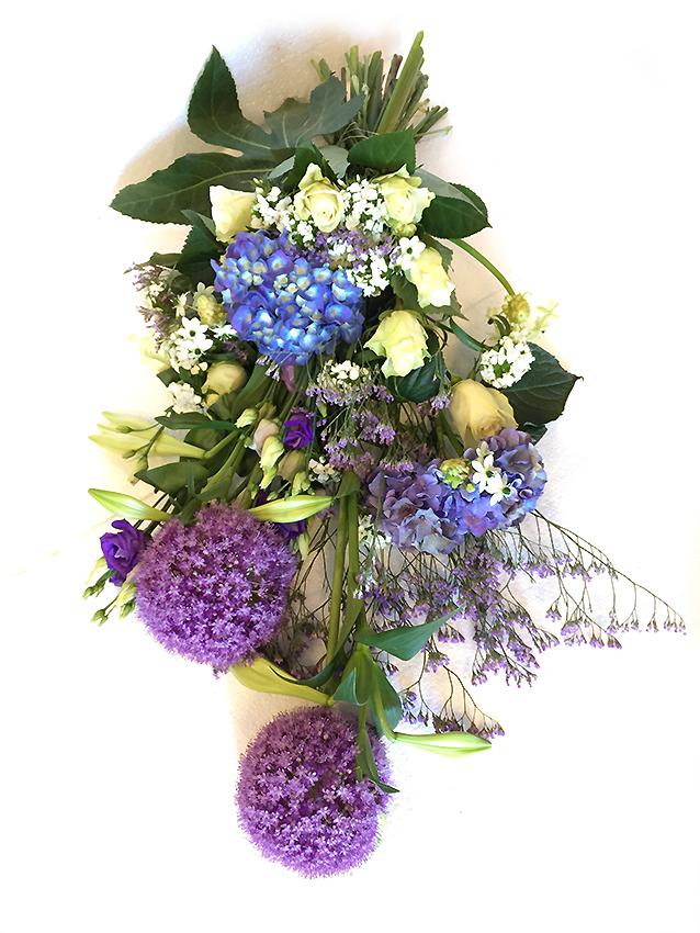 Rouwboeket Blanch Blue Voort Bloemen